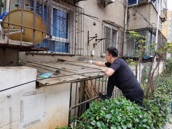 南昌市政建设集团开展我为群众办实事大扫除活动6001.jpg